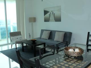 Luxury 2 Bedroom Apartment wiith Bay View OB2BR6 - Coconut Grove vacation rentals