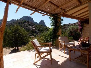 Villa I Graniti 3Km dal mare 2 Km da San Pantaleo - San Pantaleo vacation rentals