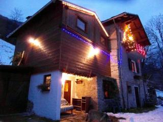 "Chalet ""La Chiva""  Gaby Valle D'Aosta Monte Rosa - Gaby vacation rentals"