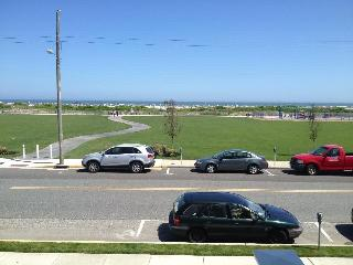 Gorgeous beachfront condo with endless views - Wildwood Crest vacation rentals