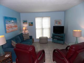 Mustang Isle Condo - Winter Texans Welcome - Port Aransas vacation rentals