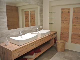 Apartment Pircher-Maes in the middle of the Alps! - Innsbruck vacation rentals