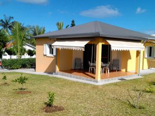 Cozy 2 bedroom Villa in Saint-Louis - Saint-Louis vacation rentals