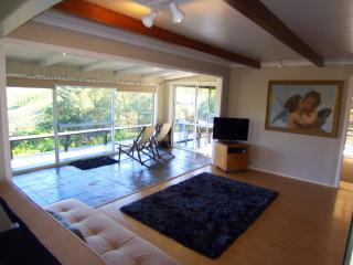 2 bedroom House with Internet Access in Kingston - Kingston vacation rentals