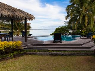 MURI BEACH VILLA - luxury. - Muri vacation rentals
