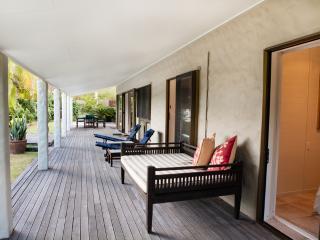 3 bedroom Villa with Internet Access in Muri - Muri vacation rentals