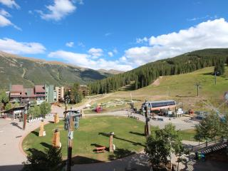 Washer/ Dryer in unit!. June Special $125/night! - Copper Mountain vacation rentals