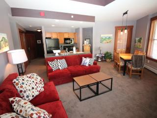 Top Floor, Half Pipe view Highly-Desirable, June Specials from $125/night - Copper Mountain vacation rentals