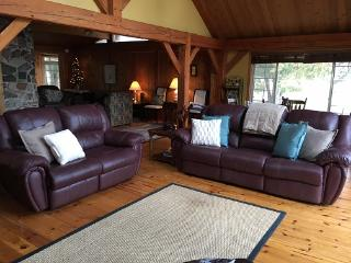 Spacious Cottage with Internet Access and Dishwasher - Kawartha Lakes vacation rentals
