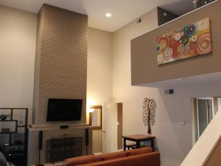 SXSW Austin Downtown, Clarksville, West 6th Street Contemporary Condo - Austin vacation rentals