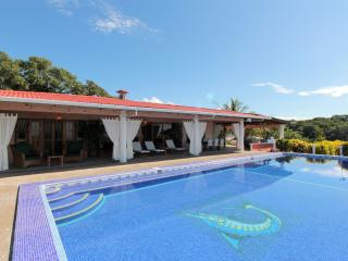 Beautiful Villa with Deck and Internet Access - Quepos vacation rentals