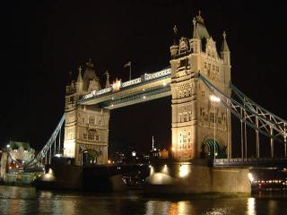 Gorgeous 2 bed flat, TOWER BRIDGE - London vacation rentals