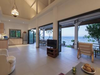 Tradewinds Beach House - Mae Nam vacation rentals