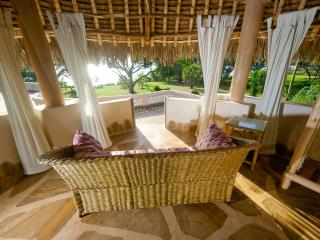 Beautiful 4 bedroom Tiwi Villa with Housekeeping Included - Tiwi vacation rentals