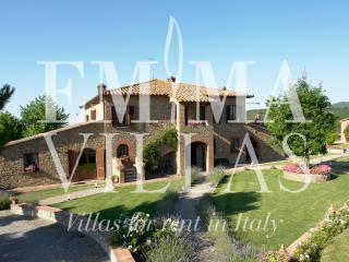 Charming 4 bedroom Perugia Villa with Internet Access - Perugia vacation rentals