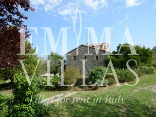 Charming Villa with Dishwasher and A/C in Todi - Todi vacation rentals