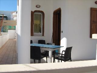 Cozy 2 bedroom Taviano Villa with Internet Access - Taviano vacation rentals