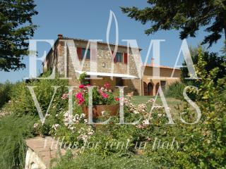 Nice Italy vacation Villa with Internet Access - Italy vacation rentals