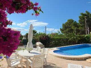 Lovely 3 bedroom L'Ametlla de Mar Villa with Television - L'Ametlla de Mar vacation rentals