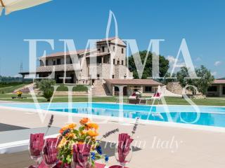 Perfect 7 bedroom Vacation Rental in Terni - Terni vacation rentals