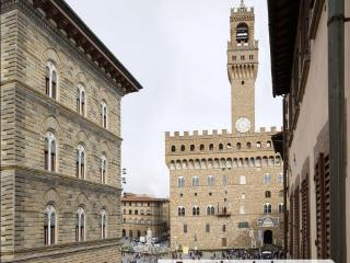 Arnolfhouse, apartment for rent in Florence - Florence vacation rentals