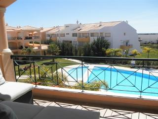 2 bedroom Apartment with Internet Access in Vilamoura - Vilamoura vacation rentals