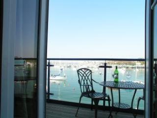 Comfortable holiday home with lovely views of sea - Plymouth vacation rentals