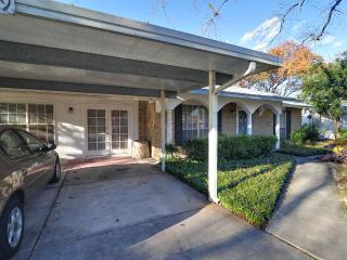 5 bedroom House with Deck in San Antonio - San Antonio vacation rentals