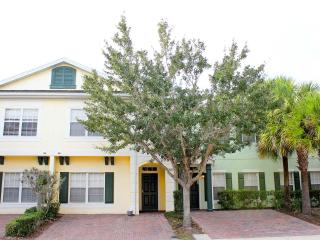 5br/3ba townhome with hot tub,Near Disney,Seaworld - Kissimmee vacation rentals