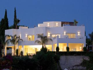 EXQUISITE VILLA BEYOND IMAGINATION - Marbella vacation rentals