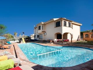 Large 7 bedroom villa with private garden and pool - Alhaurin de la Torre vacation rentals
