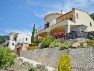Villa De la Selva (6 persons) with private pool. - Calonge vacation rentals