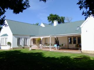 Lovely House with Washing Machine and Television - Knysna vacation rentals