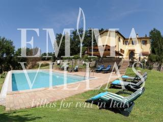 Bright 4 bedroom Rieti Villa with Internet Access - Rieti vacation rentals