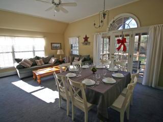 Great Family Condo @ 5 min of North Conway Village - North Conway vacation rentals