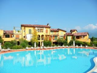 Lake Garda H5, 2 BDR - Manerba del Garda vacation rentals