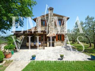 Perfect 3 bedroom Todi Villa with Internet Access - Todi vacation rentals