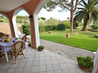 Perfect Apartment in Marina Di Campo with Internet Access, sleeps 8 - Marina Di Campo vacation rentals