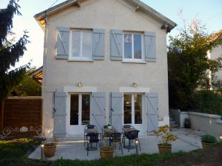 Sweet home near Disneyland Paris - Couilly-Pont-aux-Dames vacation rentals