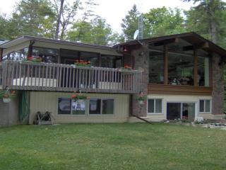Balsam Lake-West Bay Cottage-6+ Bedrooms-Sleeps 20, Pet Friendly - Kirkfield vacation rentals