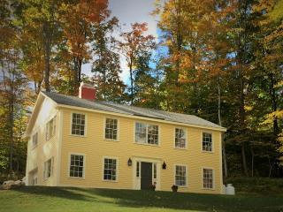 Newly Renovated Luxury Colonial close to everythin - Manchester vacation rentals