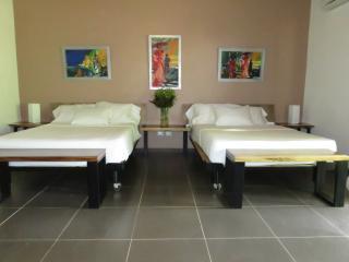 Cabina Lapa - Ojochal vacation rentals