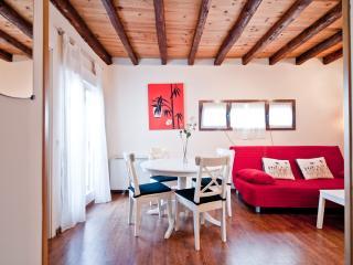 1 bedroom Condo with Internet Access in Madrid - Madrid vacation rentals