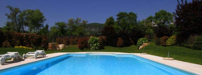 Bright 1 bedroom House in Marciaga di Costermano - Marciaga di Costermano vacation rentals