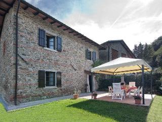 Castelnuovo Di Garfagnana - 2386001 - Castelnuovo di Garfagnana vacation rentals
