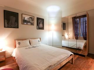 Beautiful and quiet 1BR for 4 guests – Paris 15 - Paris vacation rentals