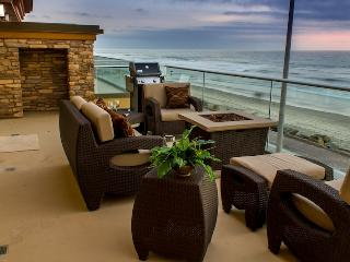Luxury Beachfront Rental, Oceanfront with Air Con - Oceanside vacation rentals