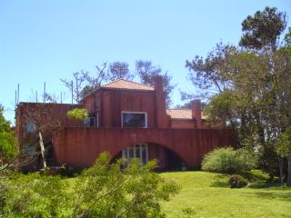 5 bedroom House with Long Term Rentals Allowed (over 1 Month) in La Barra - La Barra vacation rentals