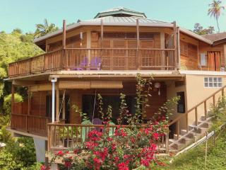 Oceanview, Castara Roundhouse, Tobago. Paradise awaits you - Castara vacation rentals