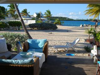 Cosy 1BR beach condo, on private beach,  on shore - Baie Nettle vacation rentals